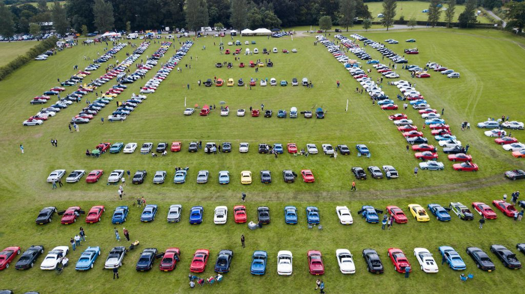 Classic and Contemporary Toyotas Shine at MR2 Drivers' Club National Day