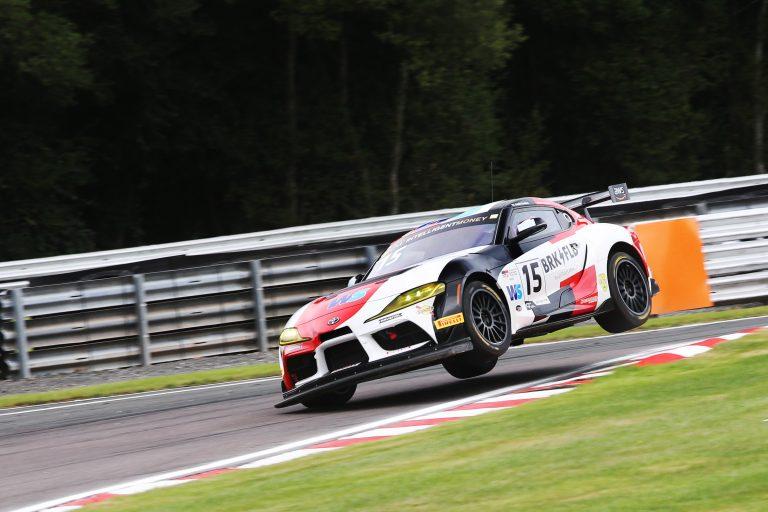 GR Supra GT4 Oulton Park
